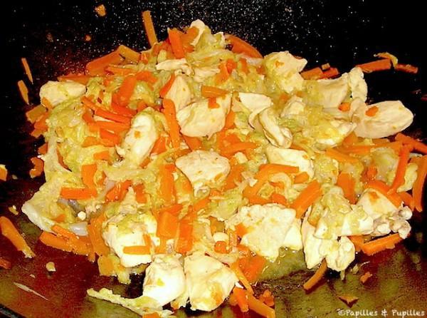 Wok de pollo con repollo chino