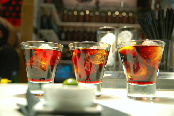 Aperitivo © Angela Rutherford CC BY-NC-ND 2.0
